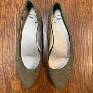 GAP pointed toe ballet flats size 7